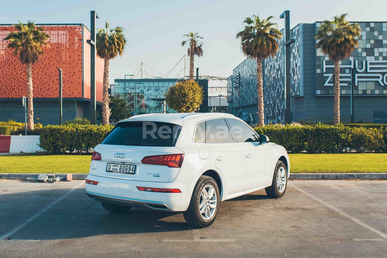 Audi Q5 for rent in Dubai at Renty - photo 1