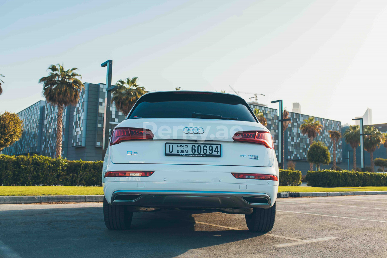 Audi Q5 for rent in Dubai at Renty - photo 3