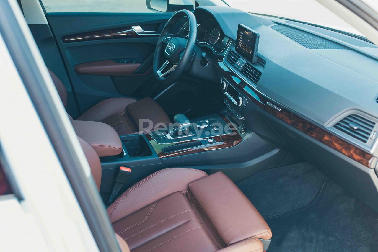 Audi Q5 for rent in Dubai at Renty - photo 4