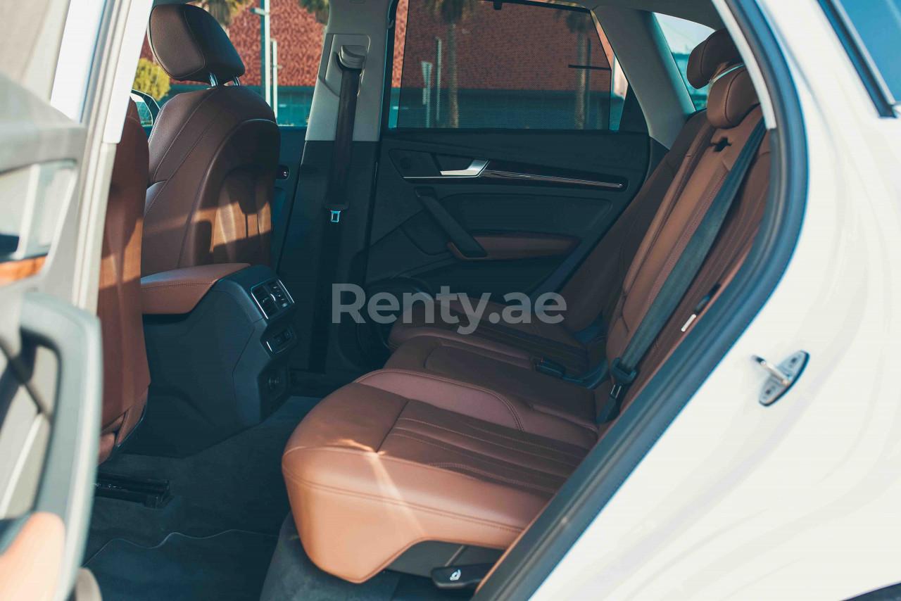 Audi Q5 for rent in Dubai at Renty - photo 7