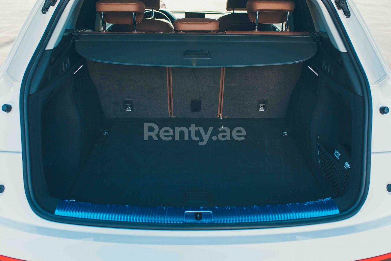 Audi Q5 for rent in Dubai at Renty - photo 8