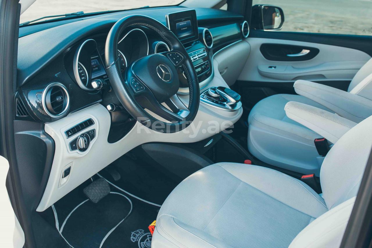 Mercedes V Class V250 for rent in Dubai at Renty - photo 6